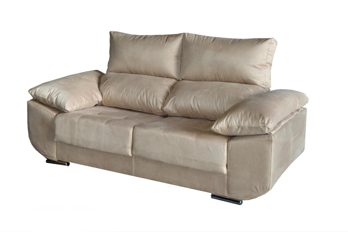 Sofá 3 plazas (2,20 cm) + 2 plazas (1,95) con asientos deslizantes y respaldos reclinables. Pata metálica. Con una inmensa gama de colores y tejidos. Un sofá para hacernos sentir bien en casa.