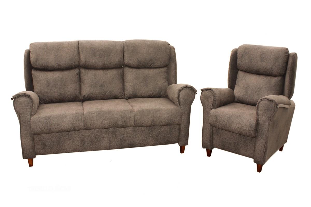 Tresillo de camilla, compuesto de sofá de 3 plazas y 2 sillones, desenfundable y en el color que quieras. Ven a probarlo y te convencerá.
