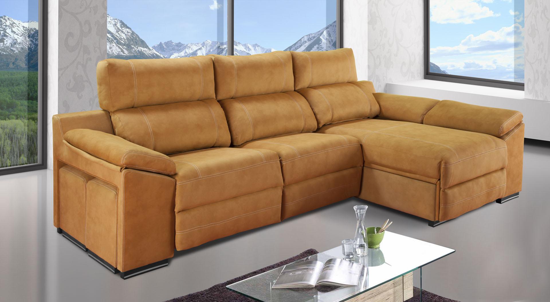 Con éste chaiselongue añade elegancia instantánea y comodidad en tu salón. Con mecanismos motorizados, arcón y puff. Diferentes tonos en varios tejidos.